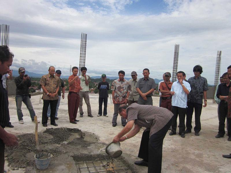 Topping Off Graha SIG Bogor