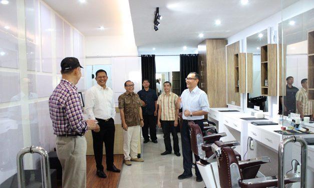 Paxi Barbershop Hadir di Mataram City