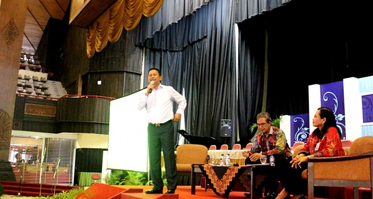 Pembekalan Wisudawan Pascasarjana UGM