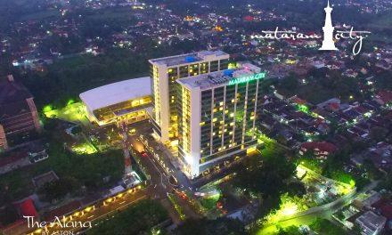 The Alana Hotel Bersihkan Jl. Malioboro