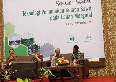saraswanti seminar sehari teknologi pemupukan kelapa sawit 031