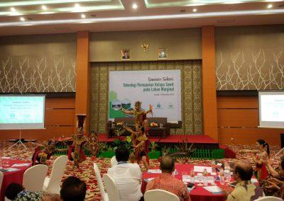 saraswanti seminar sehari teknologi pemupukan kelapa sawit 061
